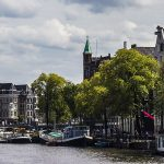 Great reasons to rent a houseboat in Amsterdam